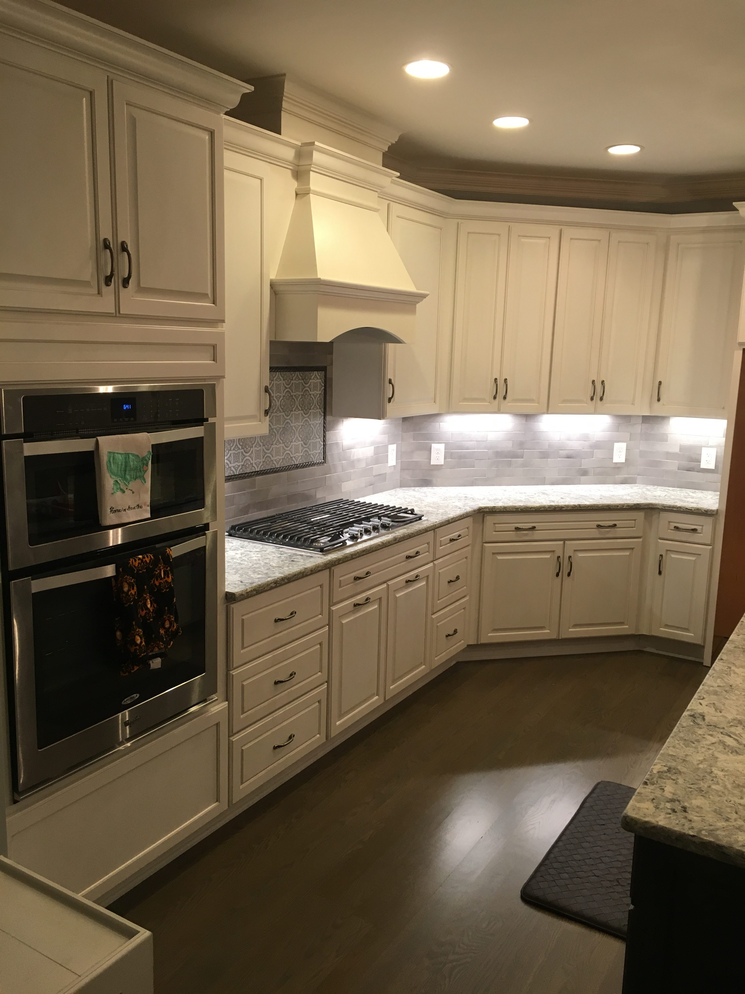 Durasupreme Cabinets and Double Oven