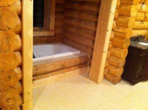 Log Home Bathroom 2